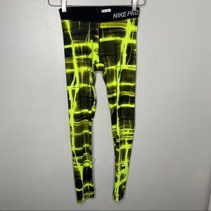 Nike Pro Dri-Fit Leggings Size Medium